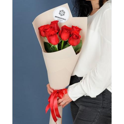 Купить на заказ Букет из 7 роз с доставкой в Жетысае
