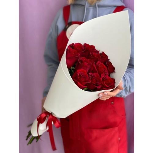 Купить на заказ Букет из 11 красных роз с доставкой в Жетысае